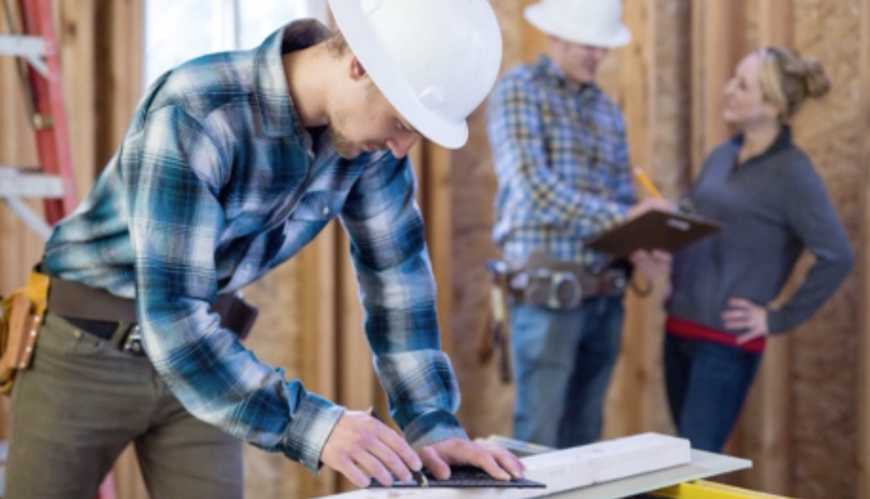 Follow These Tips Before Hiring a Contractor